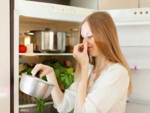Tips Remove Egg Smell From Utensils