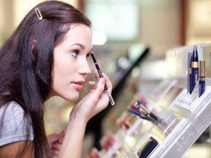 7 Signs It S Time Replace Your Make Up