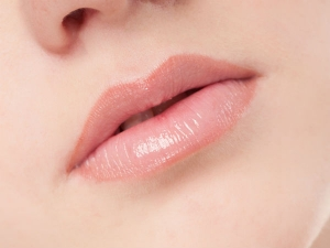 Tips Get Soft Smooth Lips Naturally