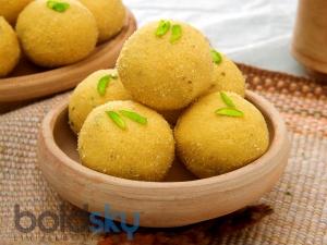 Ganesh Chaturthi Spcl Easy Recipe Besan Laddoo