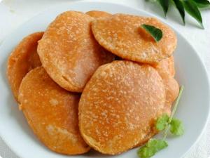 Crispy Tomato Bajji Recipe