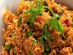 Tomato Rice With Peas Recipe