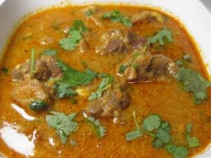 Simple Potato Mutton Kuzhambu Recipe