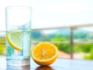 Side Effects Drinking Too Much Lemon With Water