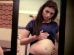 Teenager Claims She S Pregnant With Baby Jesus