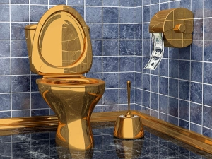 World S First Solid Gold Public Toilet