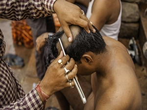 Is This Why Hindus Shave Their Head Post An Elder Person S Death Their Family