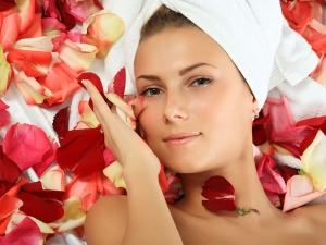 Homemade Rose Scrub Treat Skin Tan During Summer