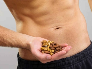 Ideal Time Eat Nuts Its Benefits Decrease Cholesterol