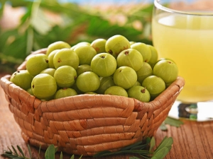 Fresh Amla Hair Packs To Stop Hair Fall