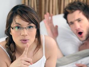 Ten Things Women Do Their Love Partner Make Them Wait