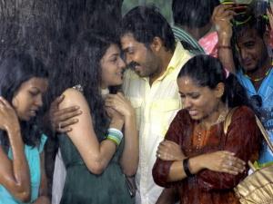 How Indian Girls Hide Their Boyfriends