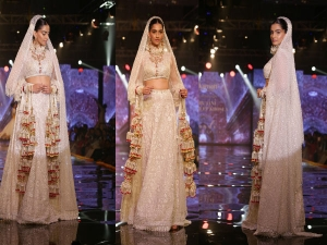 Sonam Kappoor Dazzles Bridal Wear