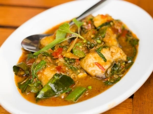 Yummy Tasty Green Fish Curry Recipe