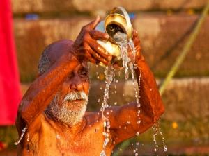 Reasons Behind Taking Sun Bath Older Days