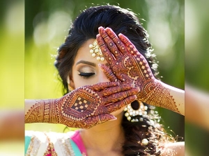Beautiful Mehendi Designs Friends Wedding