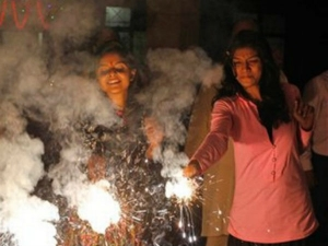 Did You Know Why We Take Oil Bath Before Sun Rise On Diwali