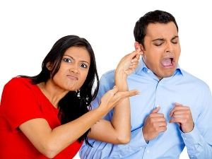 Do Not Do These Mistakes While Husband Wife Fight