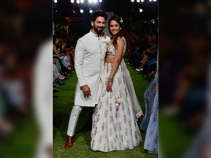 Shahid Kapoor Mira Rajput As Anita Dongre Showstoppers At Lakme Fashion Week 2018