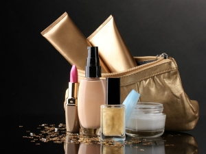 Beauty Essentials To Carry When You Are Travelling