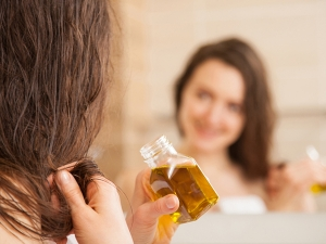 Advantages Of Using Castor Oil And Sesame Oil For Treating Hair Loss