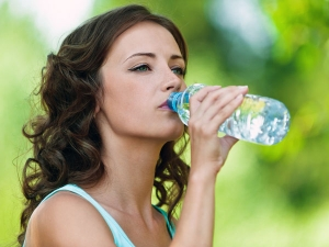 How To Stay Hydrated In Summers