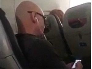 Man Cursing Lady Flight See What Happens