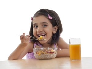 8 Food Combinations That Can Be Harmful For Kids