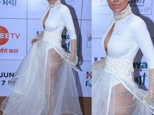 Indian Televition Actress Nia Sharma S Golden Awards Look