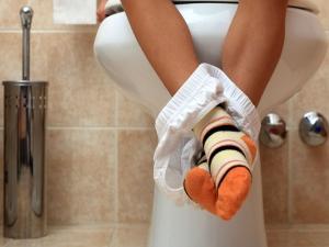 Is Western Toilet Causes Piles Hemorrhoids In Tamil