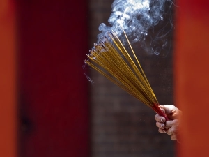 Harmful Effects Burning Incense Sticks