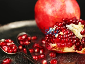 Beauty Benefits Pomegranate Peel