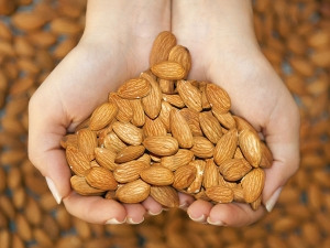 Effective Almond Facial For All Kinds Skin