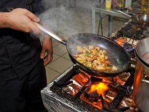 List Foods Should Not Cook An Iron Pan