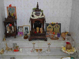 How To Keep Idols In Pooja Room