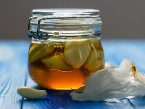 A Ginger Garlic And Honey Remedy For High Cholesterol