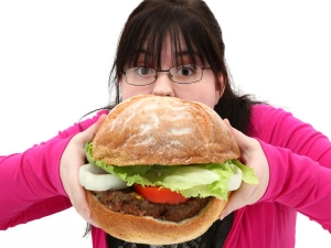 How To Control Overeating During The Lessure Time