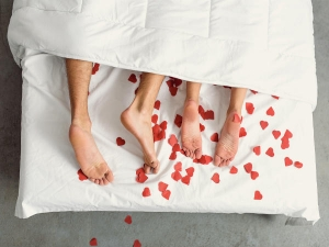 How New Couple Get Ready For Lovemaking