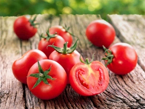The Pros And Cons Of Eating Tomatoes
