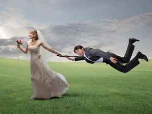 Find Out What Your Wedding Month Says About Your Relationship