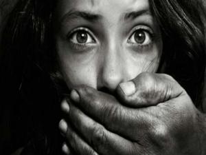 Tiruttani Home Alone Woman 10 Yr Old Son Killed By Milkman