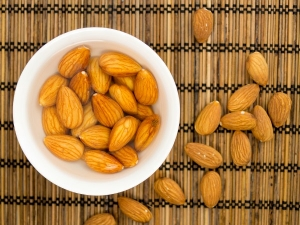 Do Almonds Cause Bloating