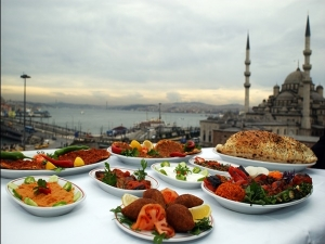 Easy Tips To Manage Weight During Ramadan