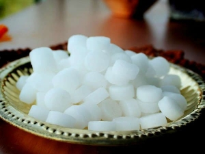 How The Use Of Camphor Can Make You Rich And Prosperous