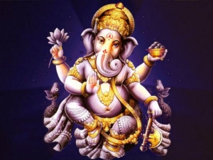 Offer Sindoor To Lord Ganesha To Solve All Your Problems