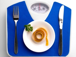 Common Dieting Tricks That Are Actually Dangerous
