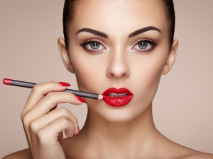 Beauty Trends That Are Downright Dangerous