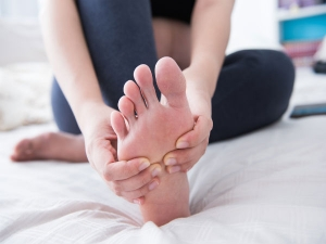 Massaging Your Foot Before Bedtime Can Help You Get Rid Of These 4 Problems