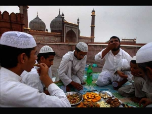 Eid Ul Fitr How To Break Your Fast To Avoid Digestive Troubles