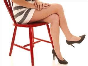 Should You Avoid Sitting With Your Legs Crossed